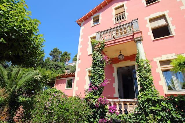 Alojamiento en Corbera de llobregat con balcón