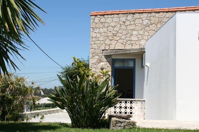 Casa con jardín en Terroso