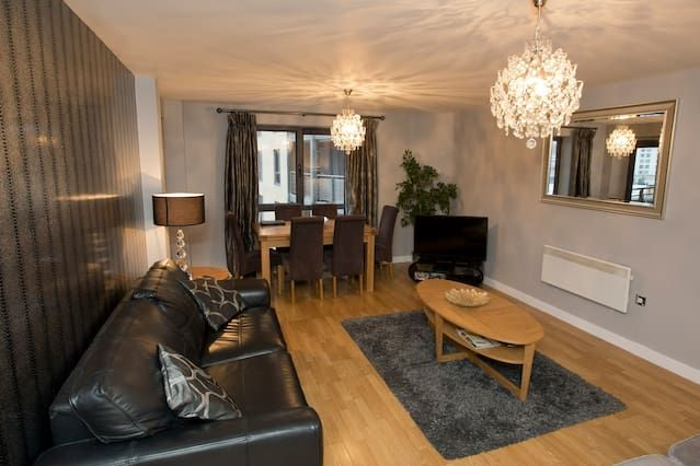 Wonderful Quayside Apartment Close to River