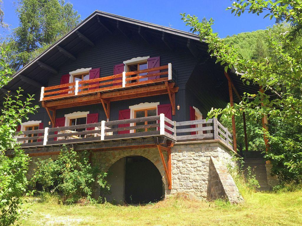 Alojamiento con balcón para 8 huéspedes