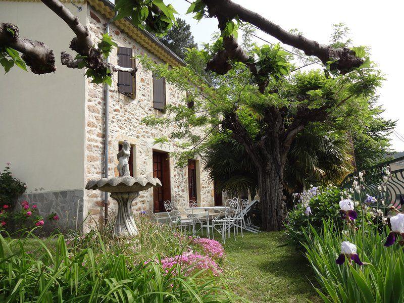 Alojamiento con jardín para 10 personas