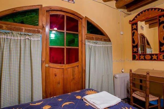 Residencia de 8 habitaciones con balcón