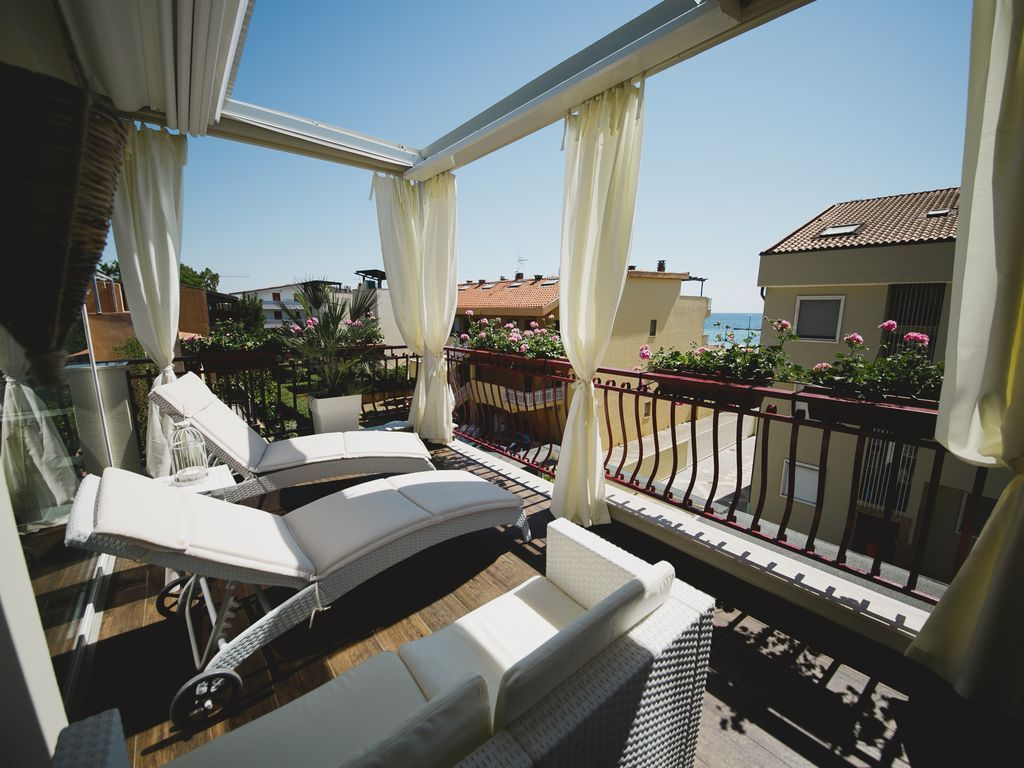 Holiday rental in Alghero with parking included