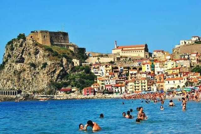 ROOMS FOR RENT IN SCILLA (RC)