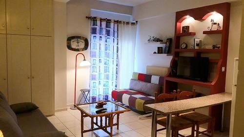 Apartment with 1 room in Volos