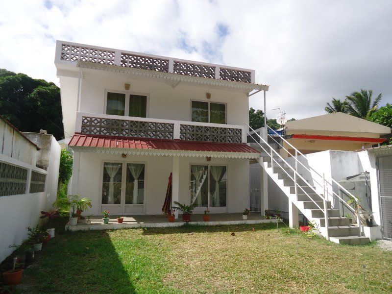 Lacaze TiMay et son toit terrasse pour 5 personnes