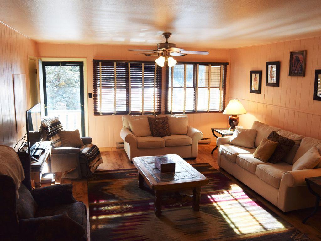 Alojamiento para 6 personas de 2 habitaciones