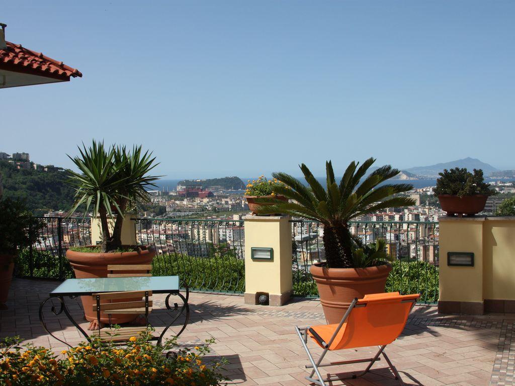 Apartamento de 40 m² en Napoli