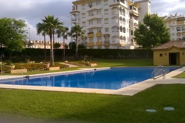 Apartamento de 4 habitaciones con piscina