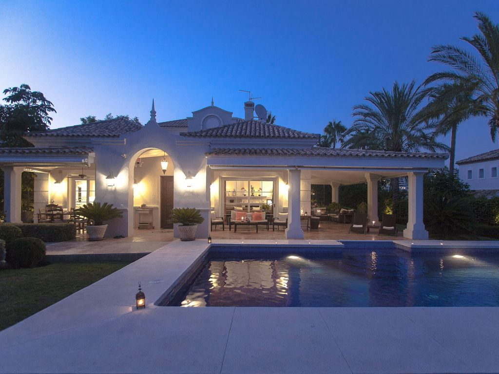 Holiday Apartment of 5 bedrooms in Costa del sol