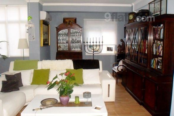 Agradable piso de 2 dormitorios en Málaga
