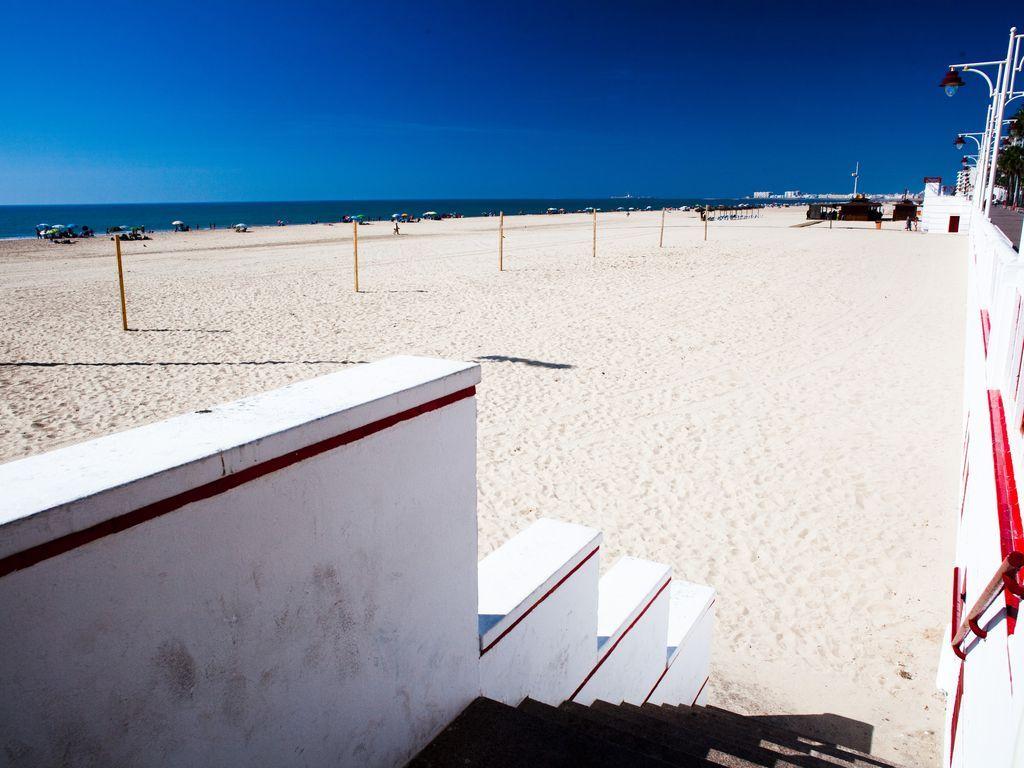 Popular apartamento con  TV por cable en Cádiz