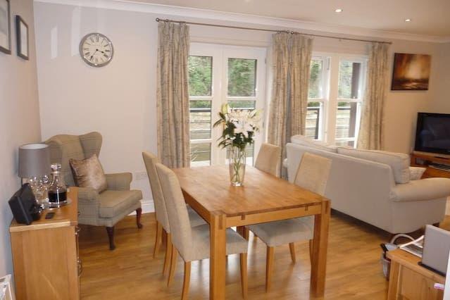 Durham Riverside Apartment - Elvet Bridge View