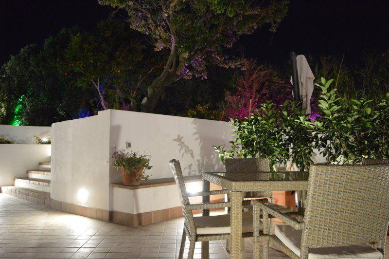 Abitazione con giardino a Ventotene