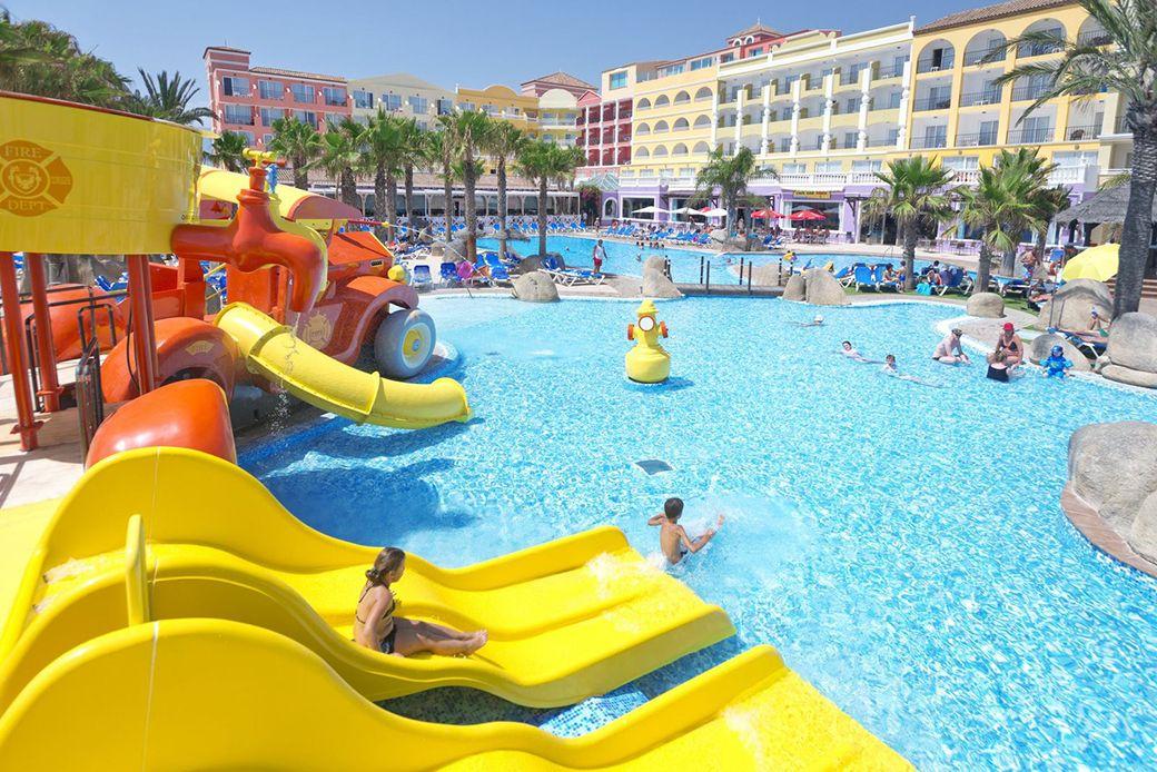 Piscina infantil del Hotel Mediterráneo
