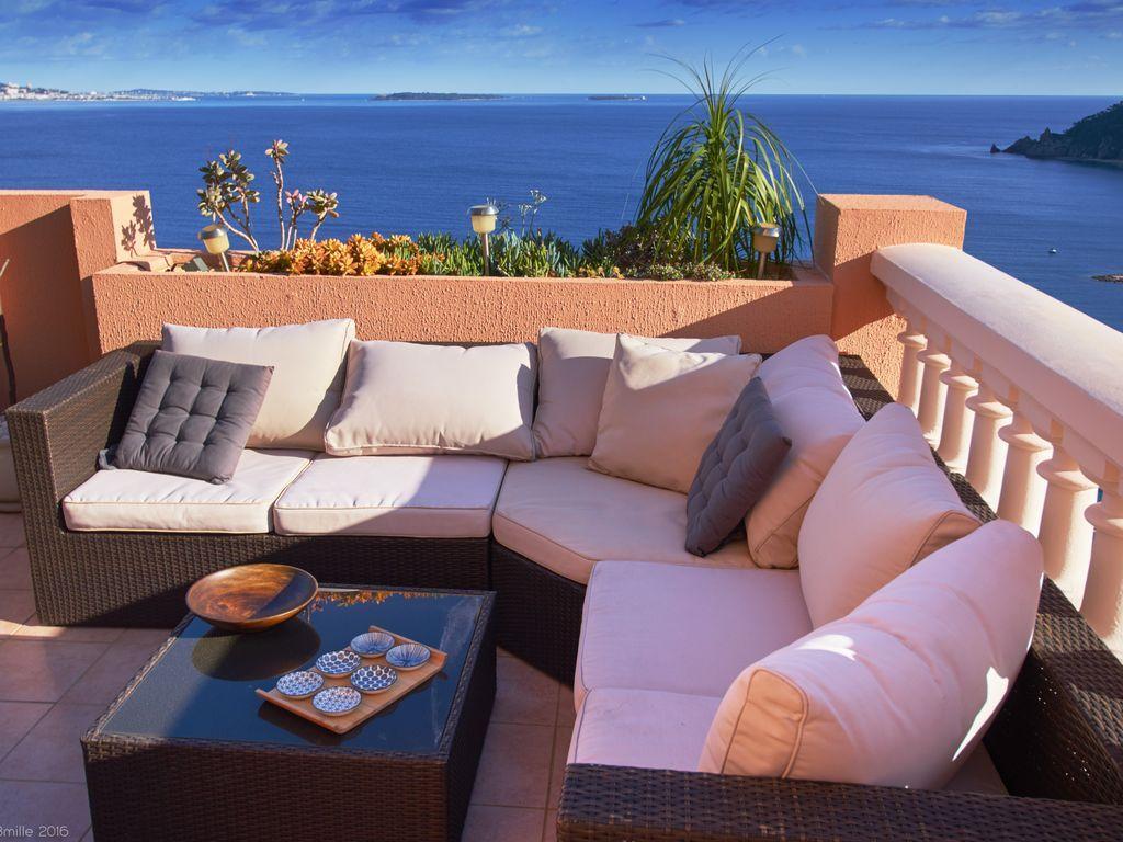 Apartamento con jardín en Theoule sur mer