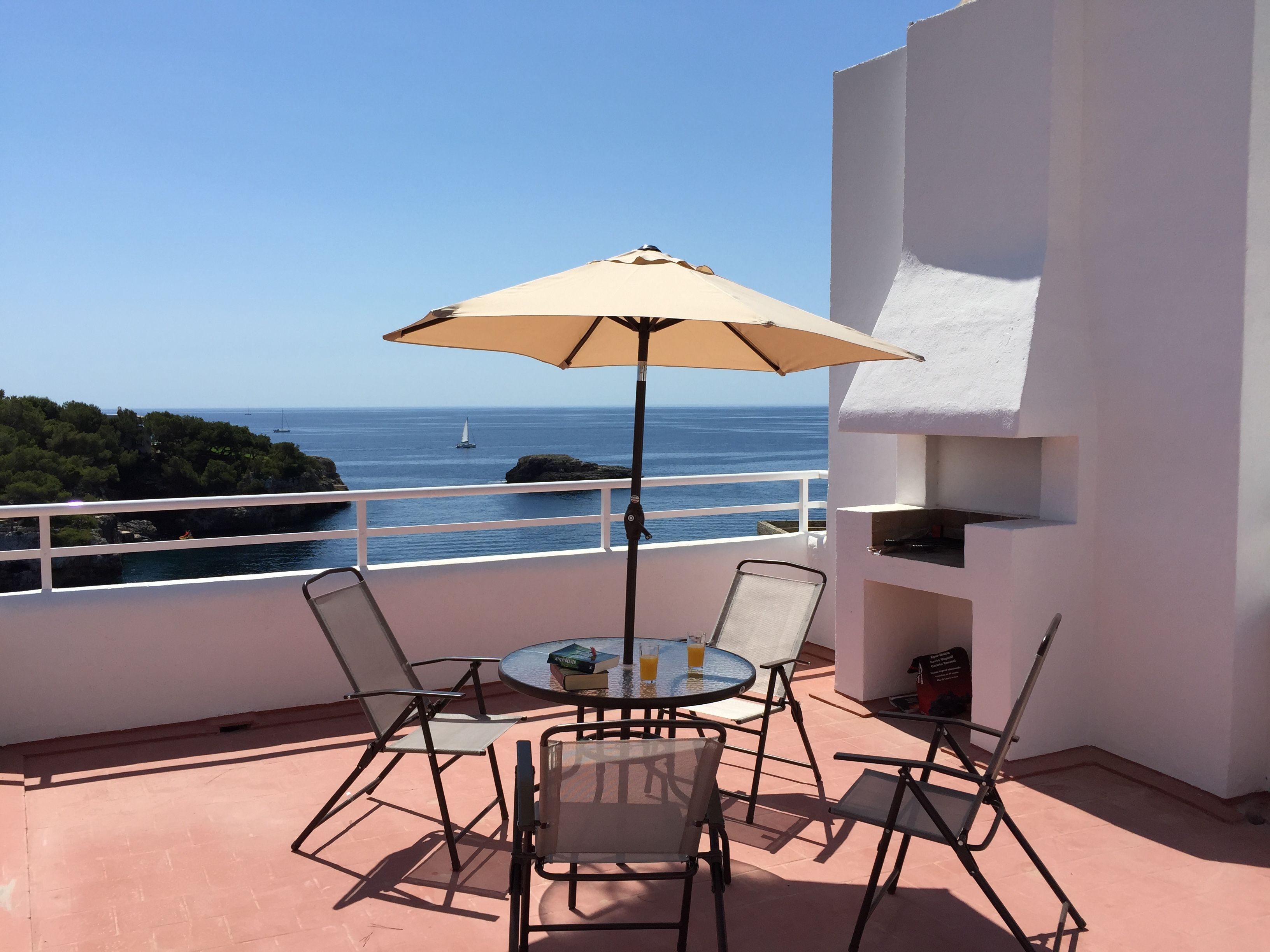 Seafront Penthouse with Terrace