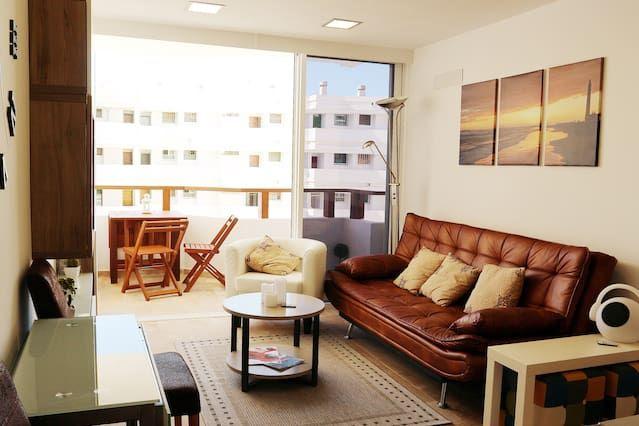 Holiday rental in San bartolomé de tirajana with 2 rooms