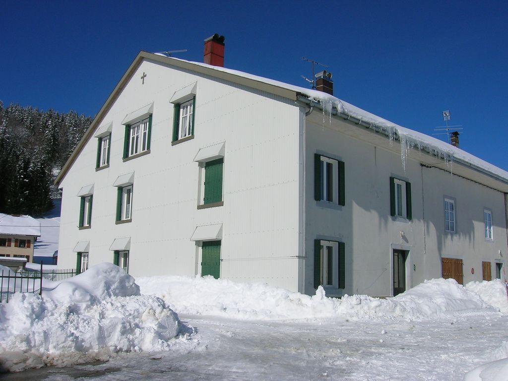 Alojamiento con wi-fi de 60 m²