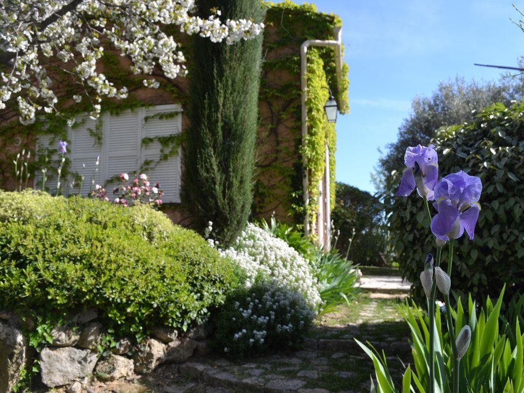 Alojamiento en Châteauneuf-grasse con jardín
