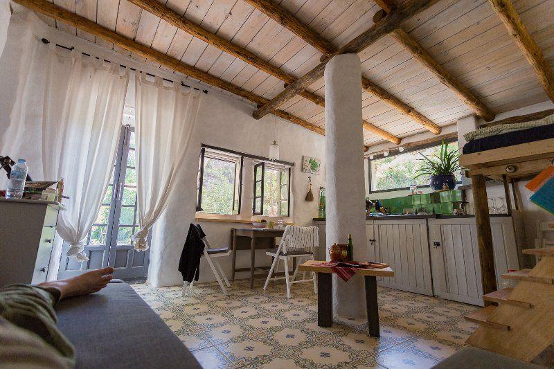 Casita Verde - chique eco cottage on La Molina