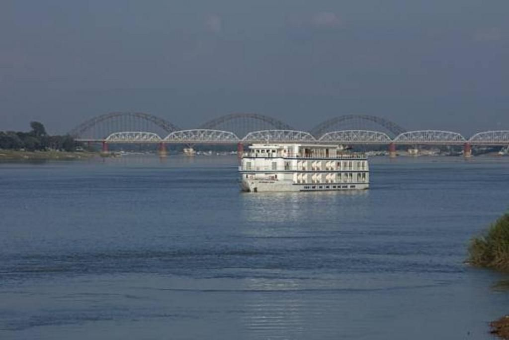 Alojamiento con balcón en Sagaing