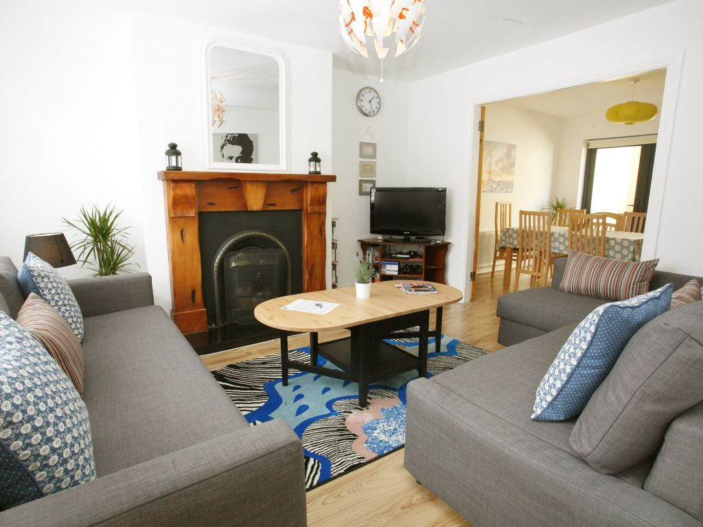 Central accommodation in Dublin with Wheelchair access and Bed linen and towels