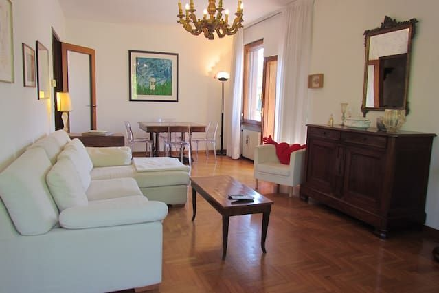 Elegant apartment in Lido di Venezia