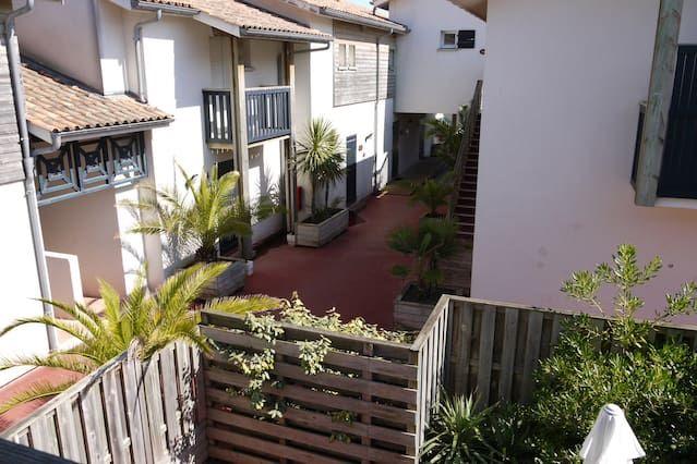 Vivienda con jardín de 2 habitaciones