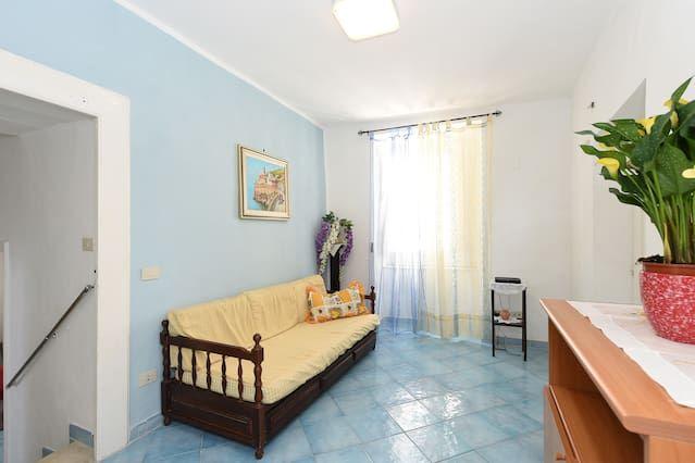 Equipada vivienda para 5 huéspedes