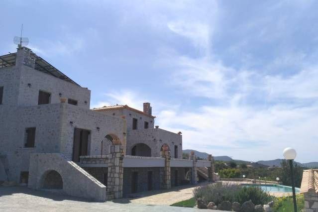Residencia de 200 m² en Megali mandinia
