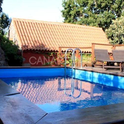 Vivienda con piscina en Moya
