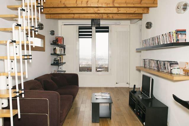 Duplex lumineux avec vue sur Paris