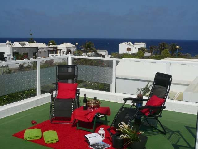 Holiday rental in Charco del palo with garden