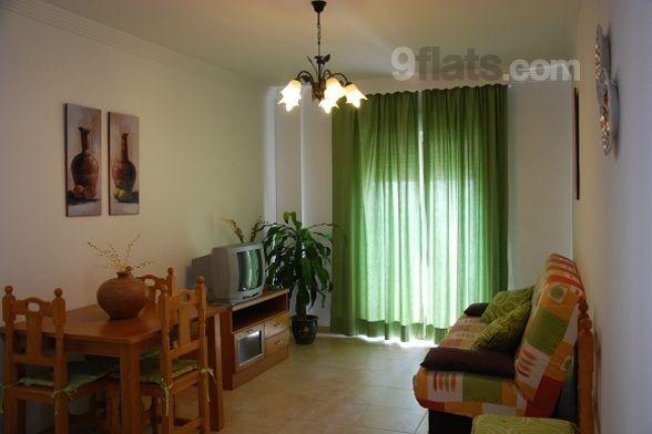 Atractivo apartamento en Nerja con  Lavadora