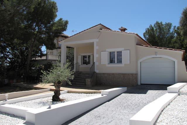 casa remodelación Encanto - la mejor ubicación - a poca distancia de la playa!