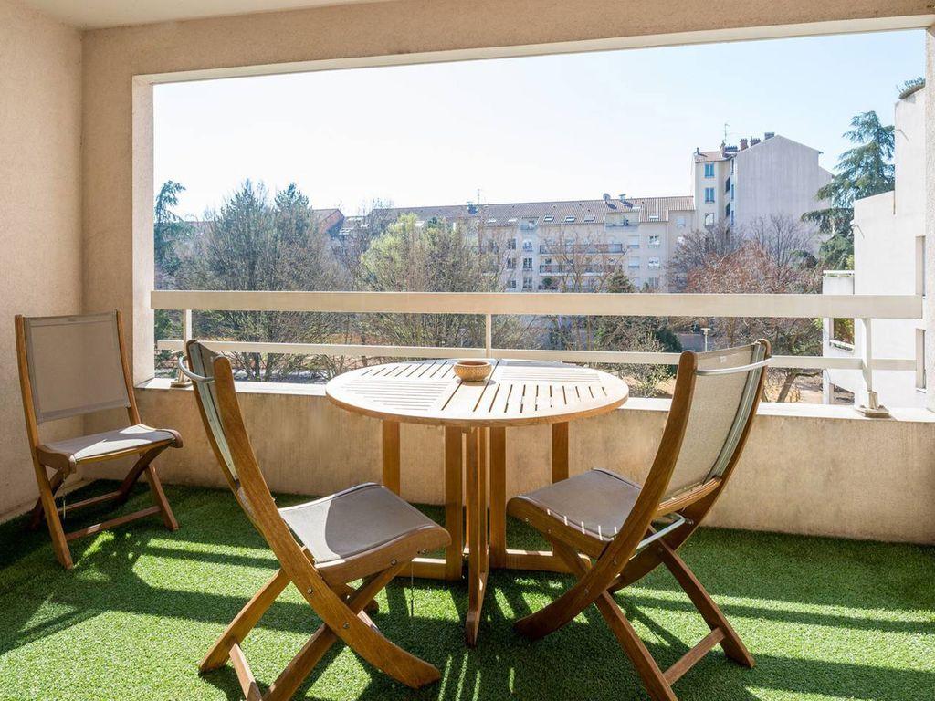 Hébergement avec jardin pour 4 personnes