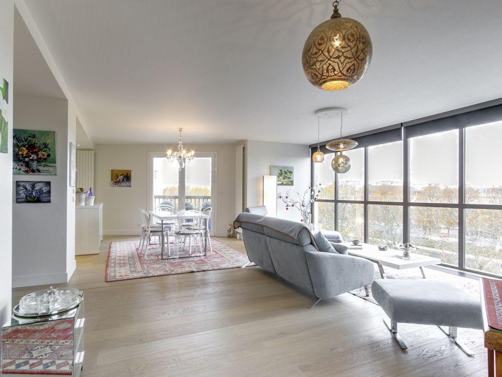 Apartamento con balcón en Caen