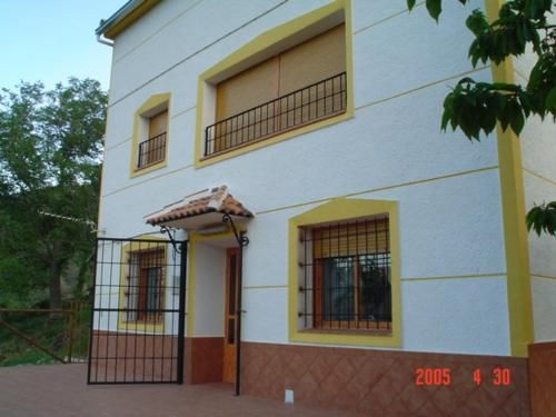 Panoramic property with 1 room