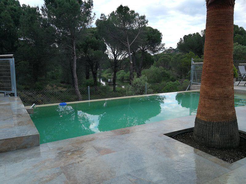 Residencia con piscina en Las jaras