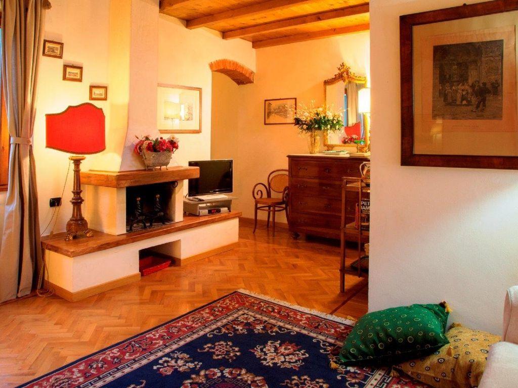 Alquiler ideal en Florencia con TV y Parking