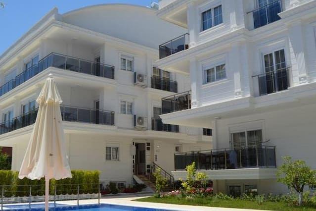 Apartamento con jardín en Antalya