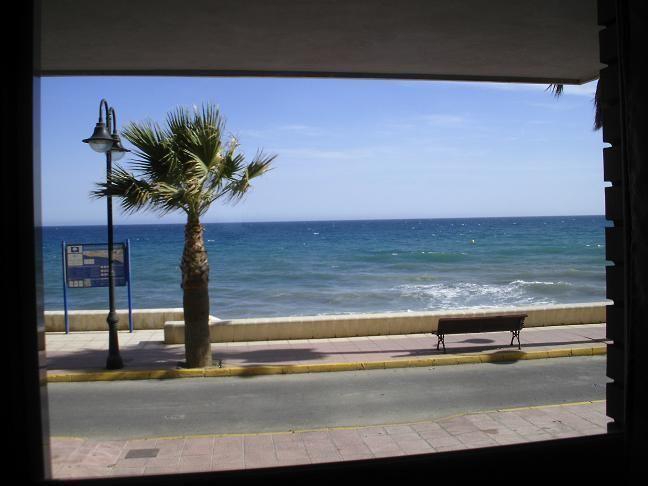 1era linea de playa en ADRA  ALMERIA