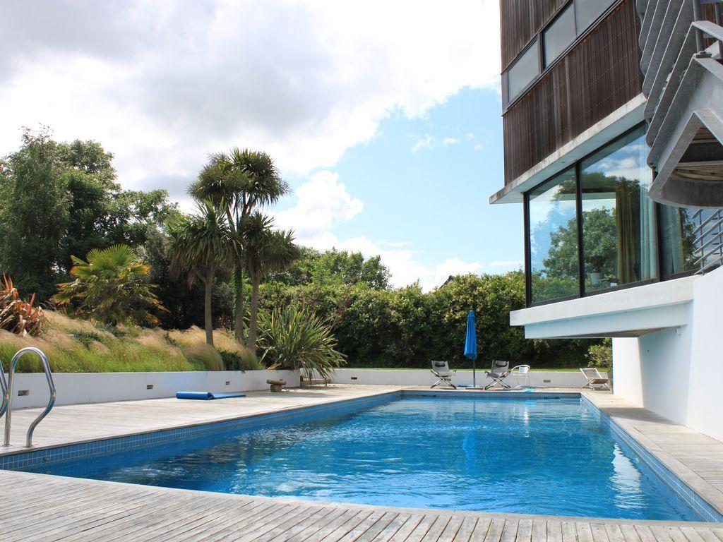 Casa hogareña de 260 m²