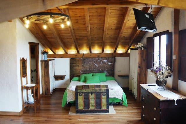 Alojamiento para 12 personas en Olmos de atapuerca