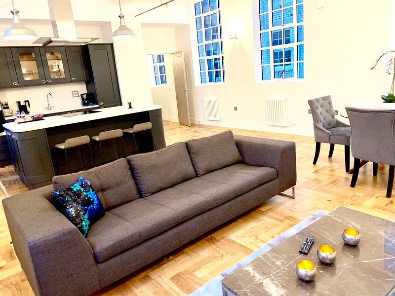 Holiday rental with 2 rooms in Birmingham