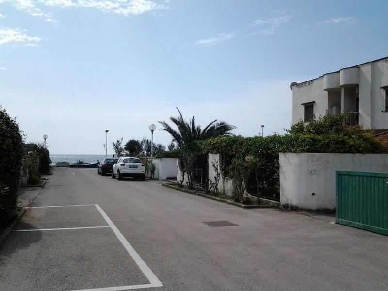 CIRCEO appartamento su spiaggia ON THE BEACH 10 метрах от моря