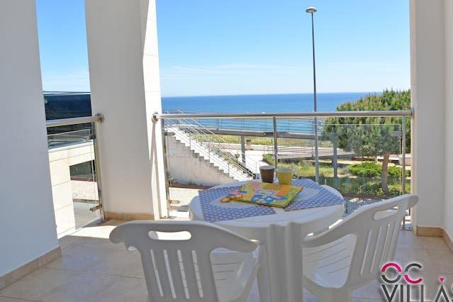 - 10% Apartamento de mayo / junio -Baleeira Sol disfruta de una impresionante vista al mar