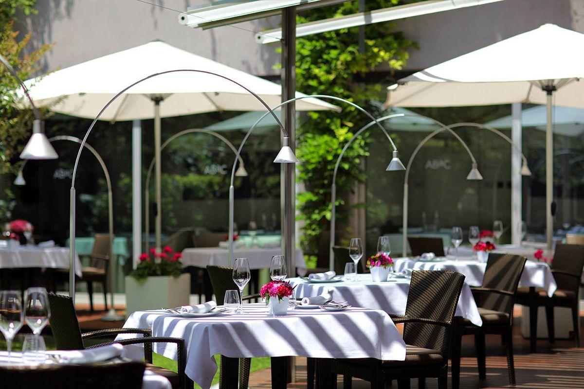 Dónde ir de cena romántica en Barcelona
