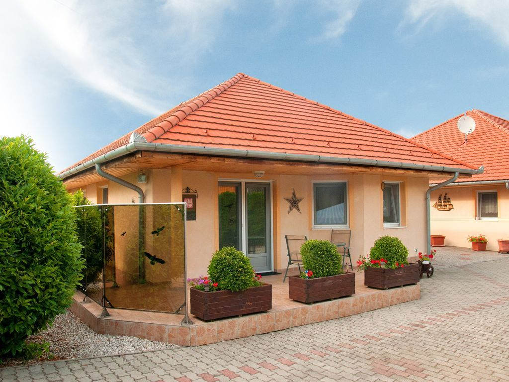 Casa con parking incluído en Balatonbereny
